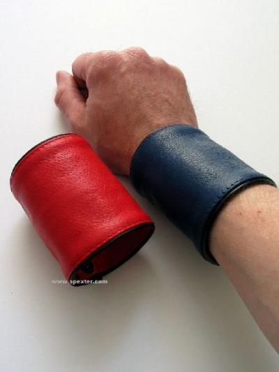 Arm-Geldbeutel, farbig nach Wahl ROT