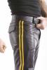 Leder-Stiefelhose mit Doppelstreifen in GELB